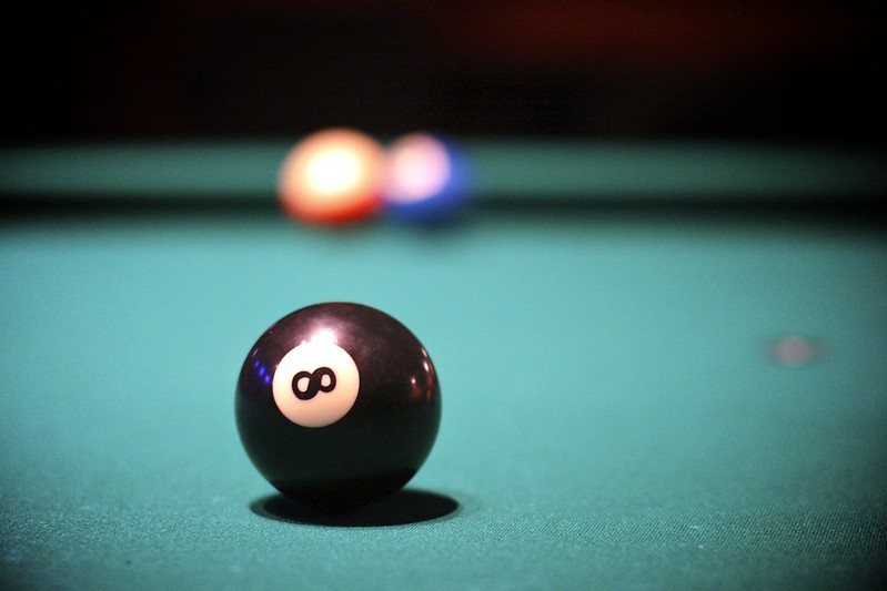 kasipallo-eight-ball-billiard-biljaridi