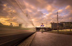 Juna Helsingin päärautatieasemalla